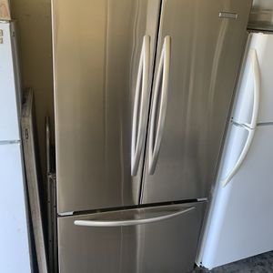 Kitchen Aid French Door Refrigerator for Sale in Corona, CA