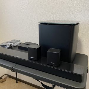 Bose Soundtouch 300 Surround Bundle System for Sale in Fremont, CA