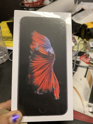 iPhone 6s 32 gb only Sprint and boost!!!! for Sale in Garfield Heights, OH