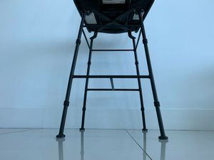 2 BRAND NEW IRON SWIVEL BAR STOOLS for Sale in Miami, FL