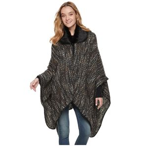 Brand new Women's poncho ruana with fur collar Retails for $68. New. Tags attached. Super soft and warm. Selling for $20. Price is firm. for Sale in Isla Vista, CA