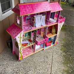 Doll House for Sale in Redmond,  WA