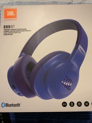 Wireless headphones (SERIOUS BUYERS ONLY PLEASE) for Sale in Memphis, TN