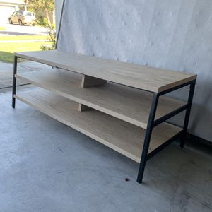 Entertainment TV Stand for Sale in Orlando, FL