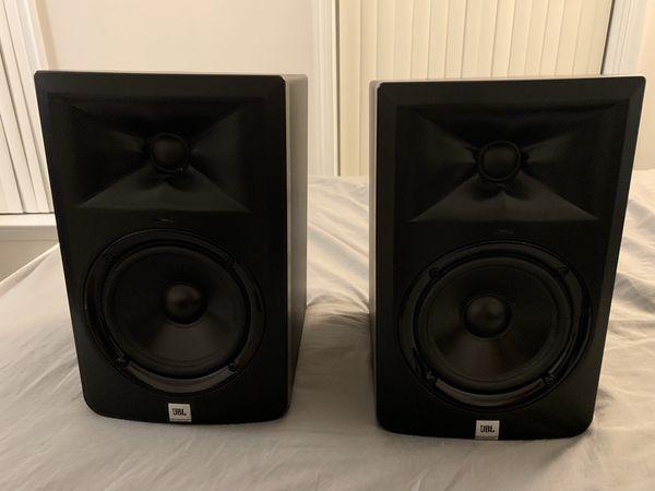 JBL LSR305 (pair)