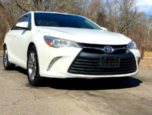 Impecable'15 Toyota Camry for Sale in Collinsville, IL