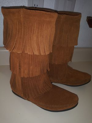 Minnetonka suede boots for Sale in Albuquerque, NM