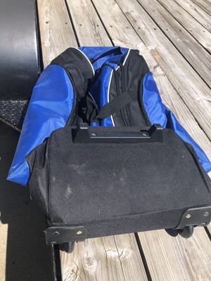 Roller duffle bag for Sale in Murfreesboro, TN