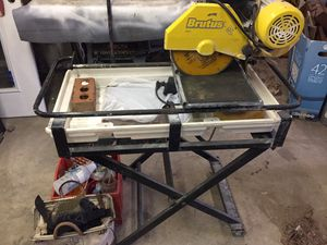 """Brutus 18"""" Professional Tile Saw 60010 w/tile tools for Sale in Vancleave, MS"""