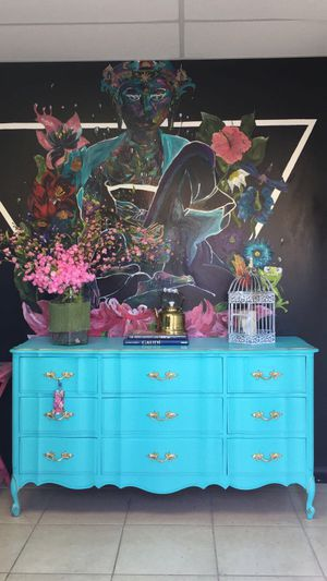 Tiffany Blue and Gold Dresser for Sale in Miami, FL