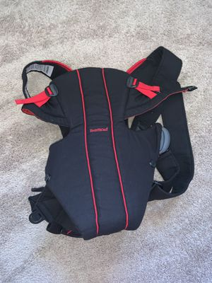 BabyBjorn Baby Carrier * NEED GONE TODAY for Sale in Huntington Beach, CA