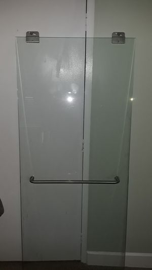Sell 1 sliding shower door for Sale in MD CITY, MD