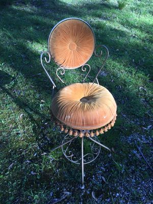 1920's Antique swivel, PARLOR, chair for Sale in Cleveland, OH