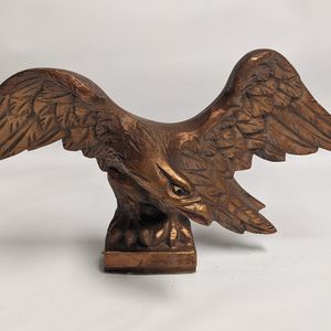 Wooden Eagle Statue for Sale in Camp Pendleton North, CA