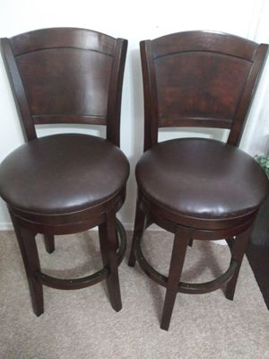 Set of Wooden High Back Swivel Bar Stools with Leather Seats (45x20x22) for Sale in Mesa, AZ