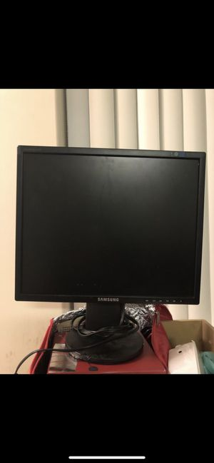 Samsung computer (business) monitor. Flat screen 21inch for Sale in Fresno, CA