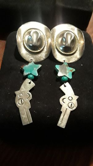 Absolutely Gorgeous Sterling Silver 925 earrings for Sale in Queens, NY