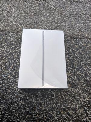 iPad 6th Generation 32gb for Sale in Stone Mountain, GA