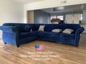 $1199 brand new tufted sectional couch for Sale in Santa Fe Springs, CA