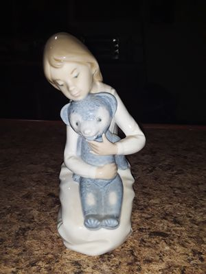 NAO BY Lladro Figurine for Sale in Port St. Lucie, FL