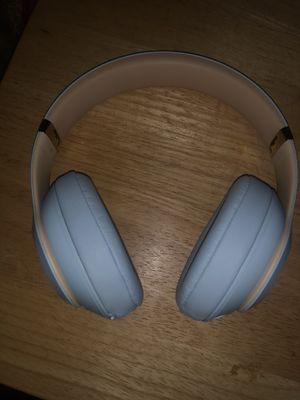 Bluetooth studio3 beats for Sale in Bakersfield, CA