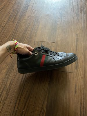 Like New Gucci Men's Shoes for Sale in Fresno, CA