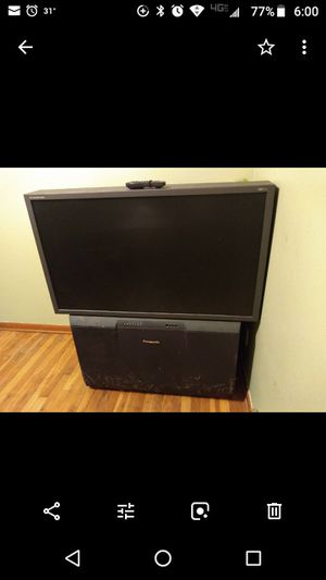 50 inch Panasonic TV with remote for Sale in Etna, OH