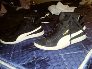 Puma size 8 been worn three or four times Maybe for Sale in Las Vegas, NV
