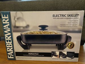 Farberware Electric Skillet New in Box for Sale in North Pekin, IL