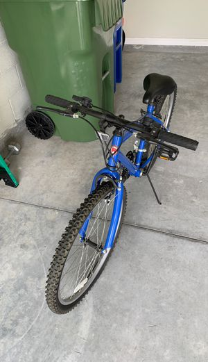 Boys Bike Excellent condition for Sale in Winter Haven, FL