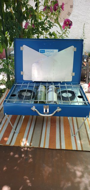 1970 s VINTAGE CAMPING STOVE MADE BY SEARS ROEBUCK AND CO. IN VERY GOOD WORKING CONDITION for Sale in North Las Vegas, NV