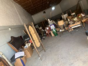 WAREHOUSE SALE- TONS OF FURNITURE/ ANTIQUES/ HOME DECOR & MORE for Sale in Belle Isle, FL