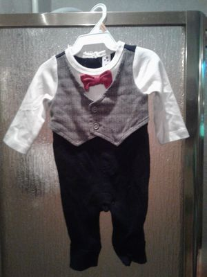 Newborn brand new suit. for Sale in Mendenhall, MS