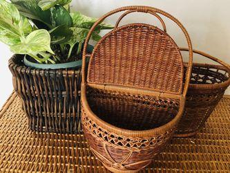 Basket Wall/hanger 🌱 for Sale in Wilsonville,  OR