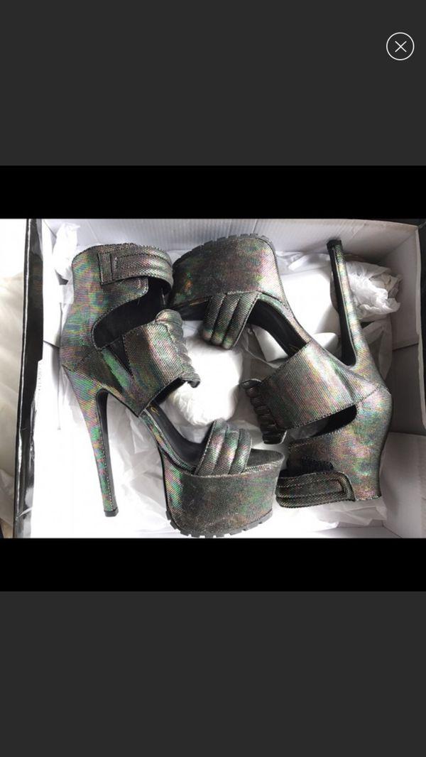 GoJane Women's heels 7.5