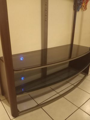Mueble para tv for Sale in Fort Lauderdale, FL