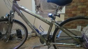 giant cypress lx 6061 fluidform bike aluminum for Sale in St. Louis, MO