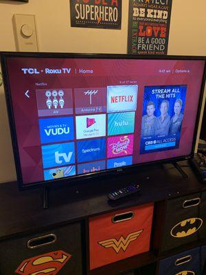 32 inch Roku TV for Sale in Seattle, WA