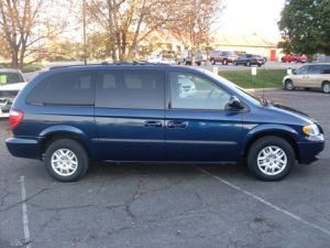 2002 DODGE GRAND CARAVAN WITH NEW TIRES for Sale in Beaverton, OR