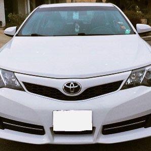 White Toyota Camry 2012 for Sale in Virginia Beach, VA