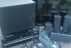 Excellent condition Onkyo surround sound receiver and stereo speakers all for $250 for Sale in Chicago, IL