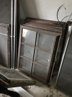 Vintage Wood Framed Windows for Sale in Modesto, CA