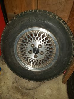 Wheel and tire for Sale in Bonney Lake,  WA