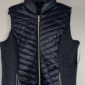 XL Vest for Sale in Thousand Palms, CA
