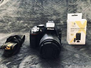 Nikon D5300 for Sale in Cedar Hill, TX