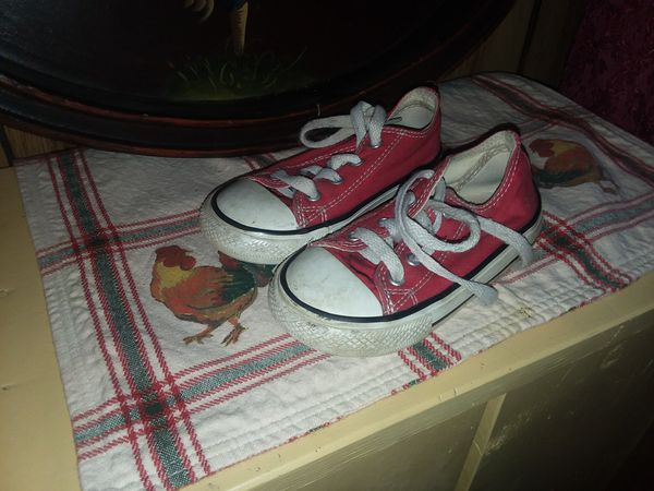 Converse Red Sneakers Girls s 8