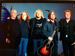 2 Eagles concert tickets for sale for Sale in Whittier, CA