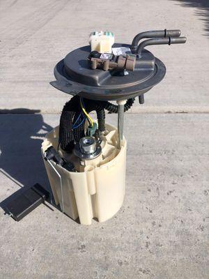 2005 06 07 Chevy Avalanche/ Suburban 1500/Yukon XL Gas Fuel Pump Assembly OEM 5.3L for Sale in Tucson, AZ