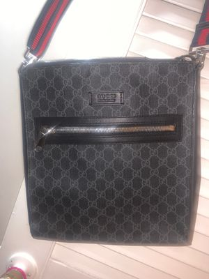 Gucci messenger bag for Sale in Upper Marlboro, MD