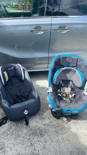 Free 2 car seats for Sale in Miami, FL